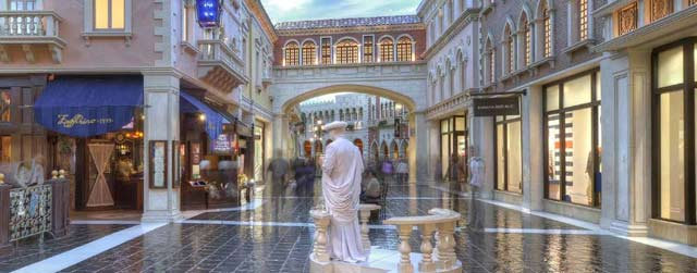 free attractions in vegas
