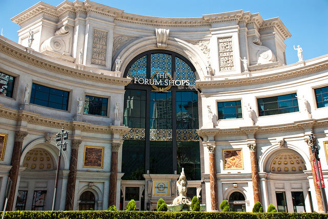 Shopping at the Forum Shops in Vegas, photo by keithreed01: https://www.flickr.com/photos/keithreed01/6210644284/