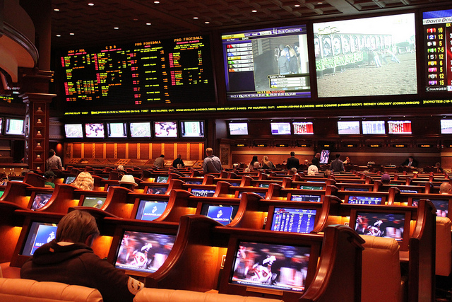 Wynn Sportsbook, photo by leyla.a: https://www.flickr.com/photos/leyla_arsan/5351586600/