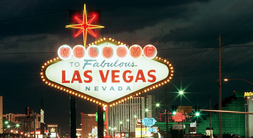 "The ""Welcome to Las Vegas"" is close to the start of the Deuce route."