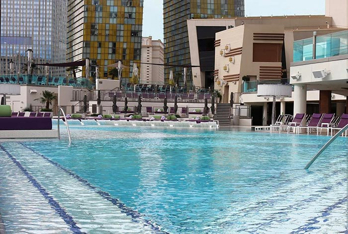 Best pools in las vegas lazy river and wave pools top - Public swimming pools north las vegas ...