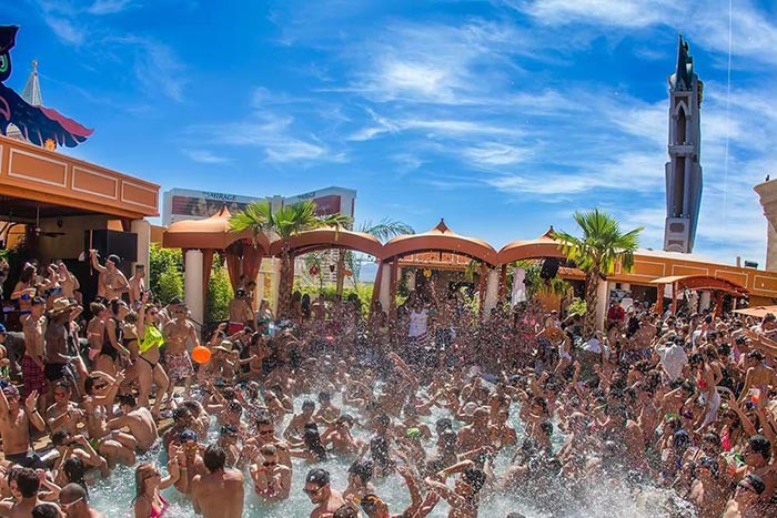 Las Vegas Pool Parties Best Pools Amp Day Clubs Schedule