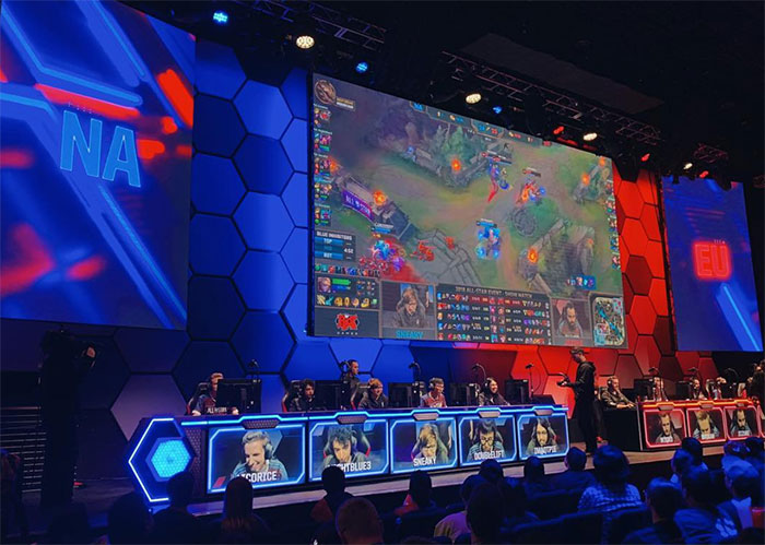 Hyper X E Sports Arena gamers face off in Las Vegas.