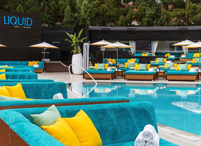 Liquid Pool Lounge Las Vegas Party