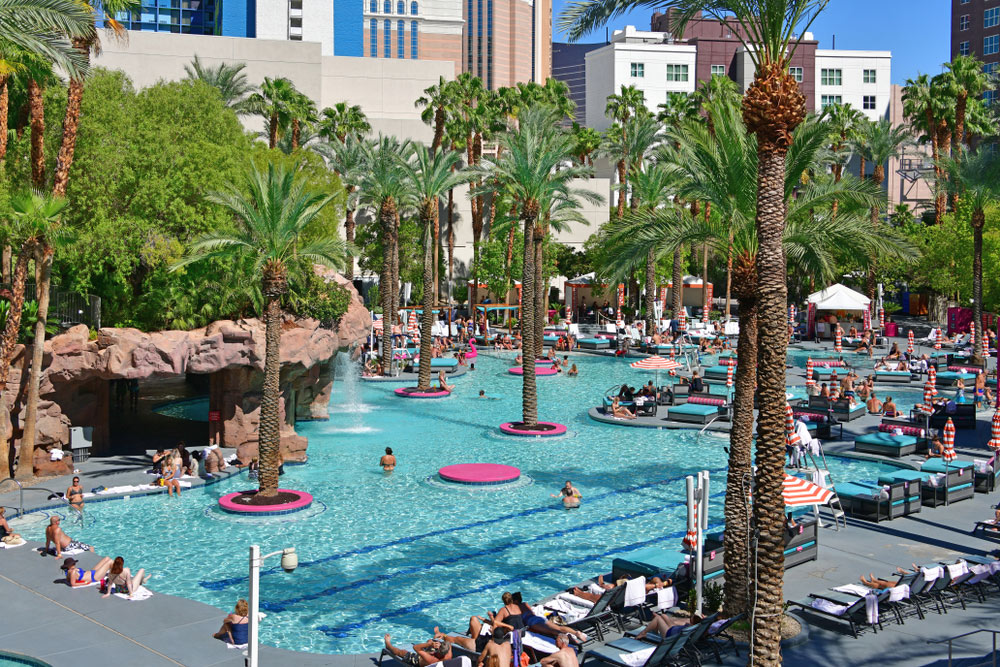 pool in las vegas