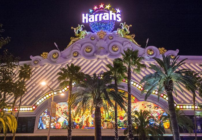 harrahs vegas for free entertainment