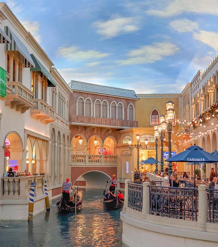 Venetian gondola discount rides